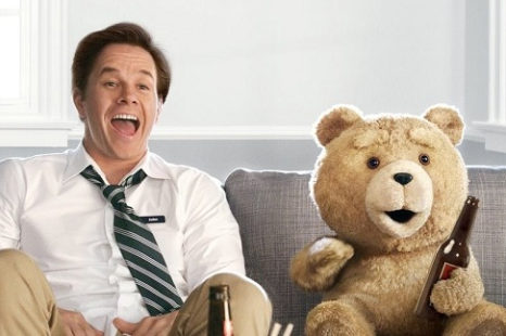 Ted: Tres son multitud