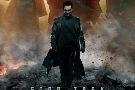 Poster final para Star Trek Into Darkness