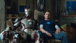 iron-man-3-tony-stark-robert-downey-jr-3