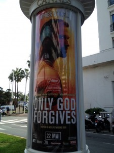 only-god-forgives-poster-cannes-450x600