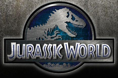 Trailer de Jurassic World (tres días antes)